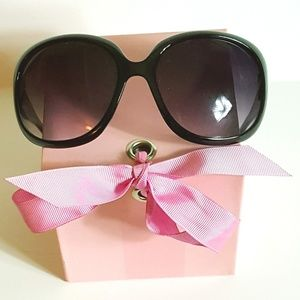 Women's Black Oversized Boutique Sunglasses